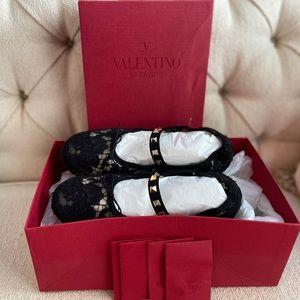 Authentic Valentino lace Rockstud ballerina flats